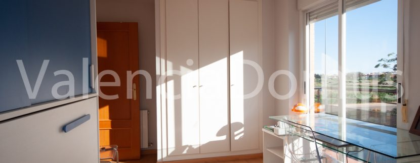 Valencia-Domus-0259AB-Massamagrell-Dormitorio junior con vistas